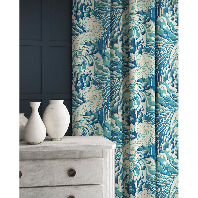 Curtain in a velvet fabric with stain resistant finish with a blue and white wave design