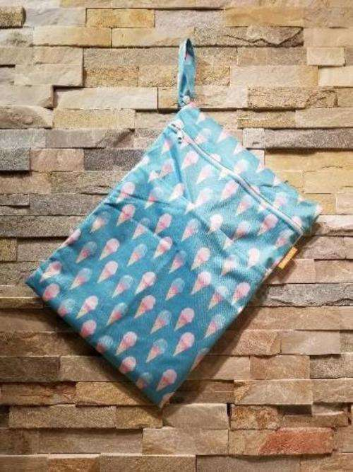 Medium Double Pocket Wetbag ice cream - Bumbini Cloth Diaper Company