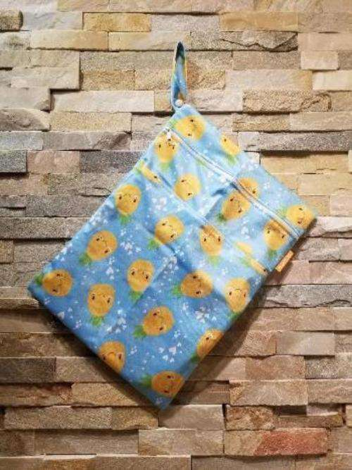 Medium Double Pocket Wetbag Pineapples- Bumbini Cloth Diaper Company