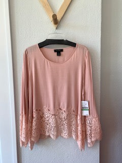 Lace Border Top Light Rose