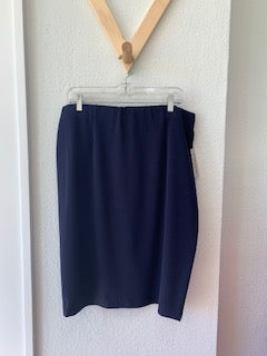 Essential Suit Skirt Navy