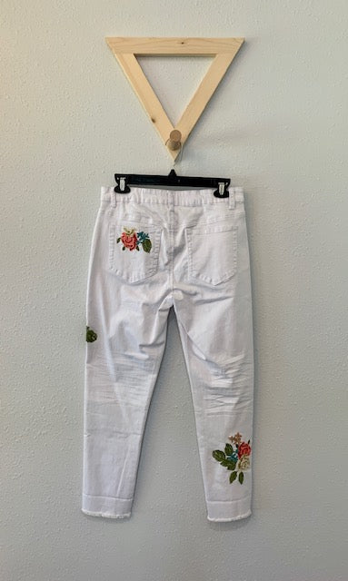Floral Embroidered Crop Jean White