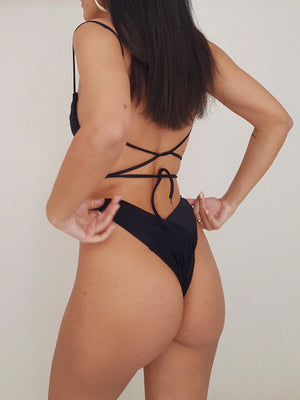 ELEGANT BOTTOM // BLACK