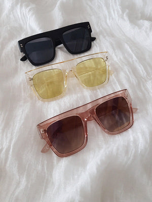 OVERSIZED SUNNIES