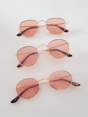 SQUARE SUNNIES // COLOR