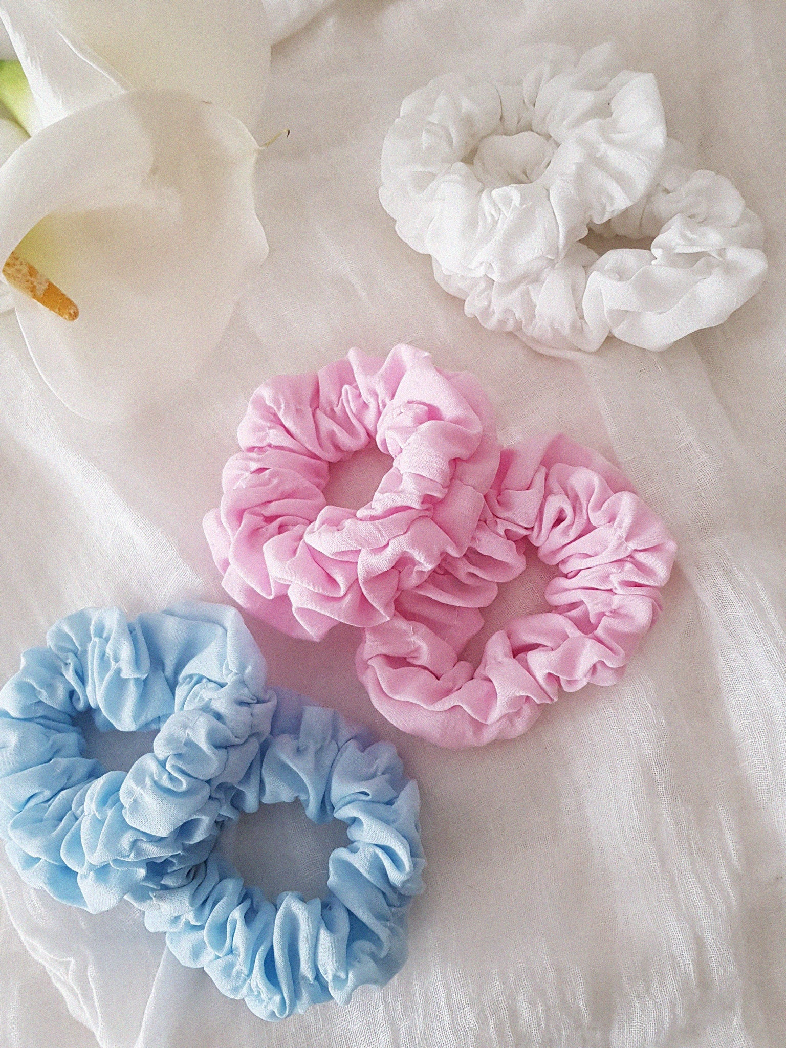 COLOR FLUFFY  SCRUNCHIE