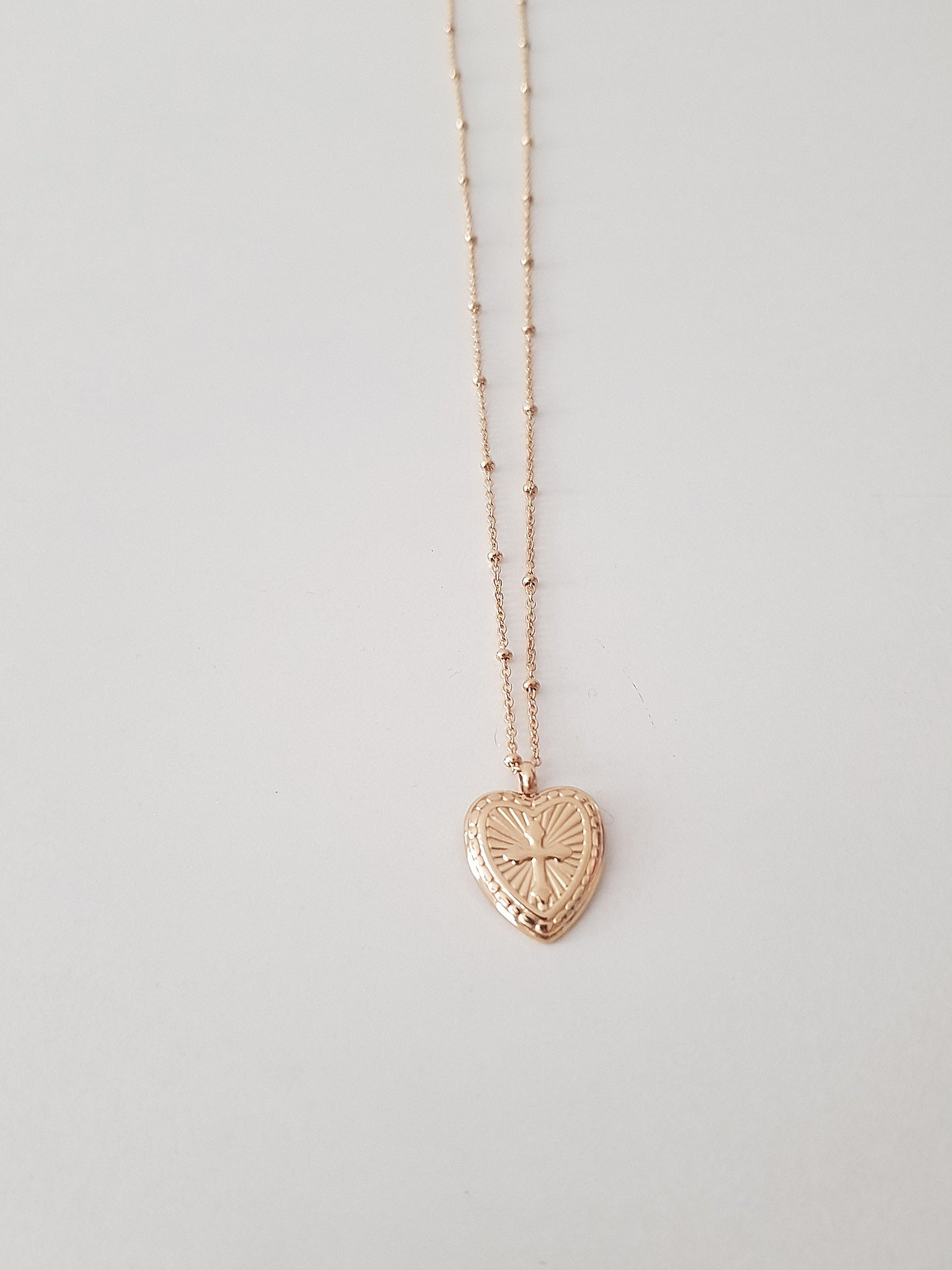 HEART NECK  // stainless steel