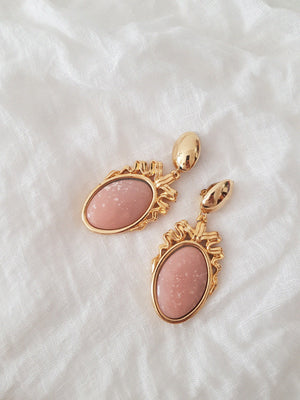 CLIP EARRINGS // PINK