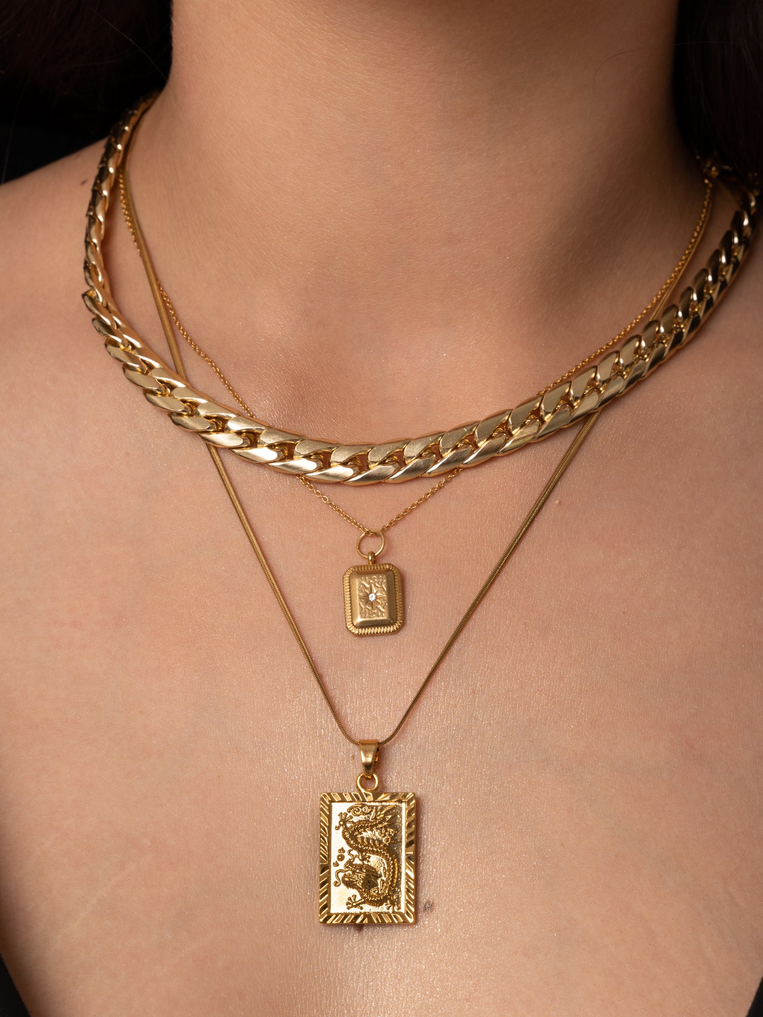 SQUARE // NECKLACE
