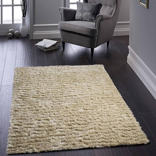 Carved Glamour Rug - Simply Utopia