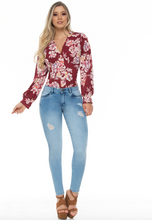 Load image into Gallery viewer, Stone wash blue push up skinny jeans