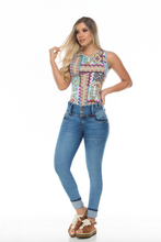 Load image into Gallery viewer, Light blue 3 button high waist push up jeans w fancy capri style rolled bottoms
