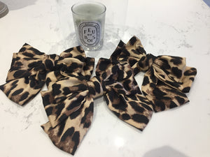 Leopard barrette hair bow