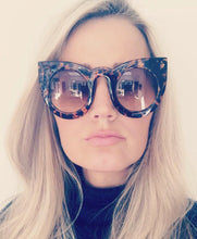 Load image into Gallery viewer, St Barts tortoise sunglasses (pre order 9-12 days)