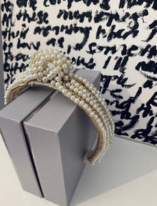 Pearl knit crown (made to order 2 weeks approximately  )