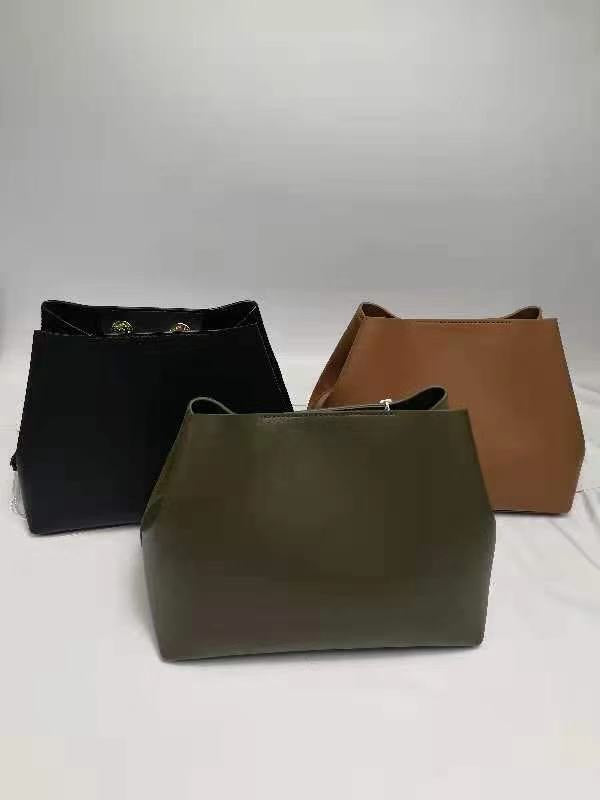 Penelope bag 7-9 days delivery