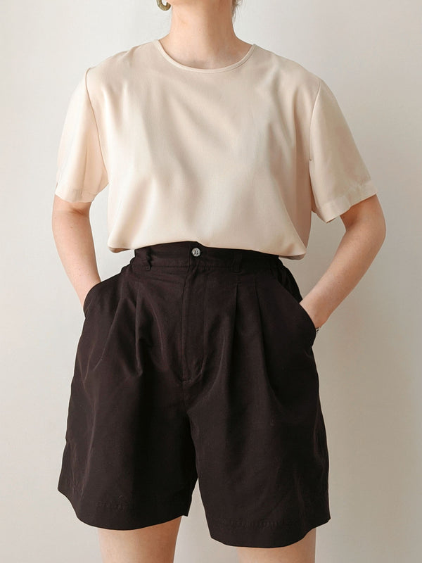 Vintage Black High Waisted Shorts (M)
