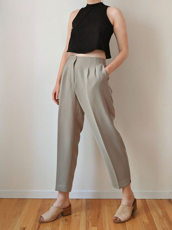 Vintage Sage Pleated Cropped Pants (L)