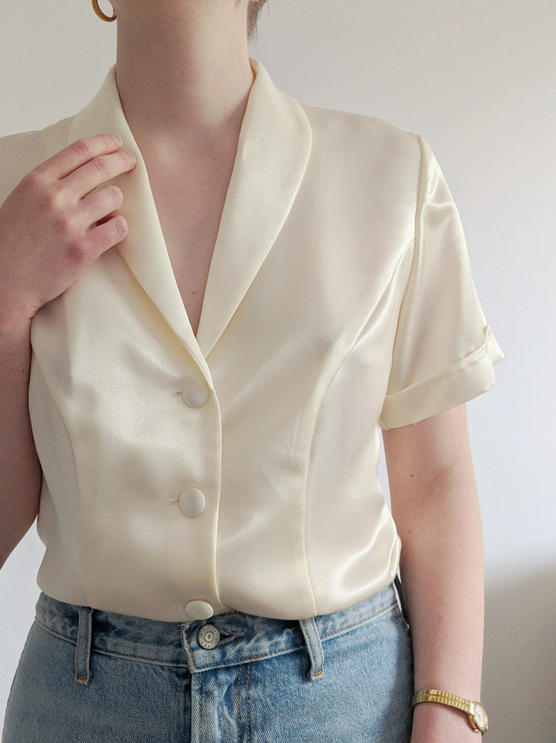 Vintage Pearly Cream Short Sleeve Blouse