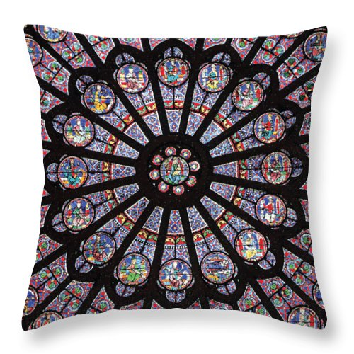 Rose South Window, Notre Dame Paris - Throw Pillow