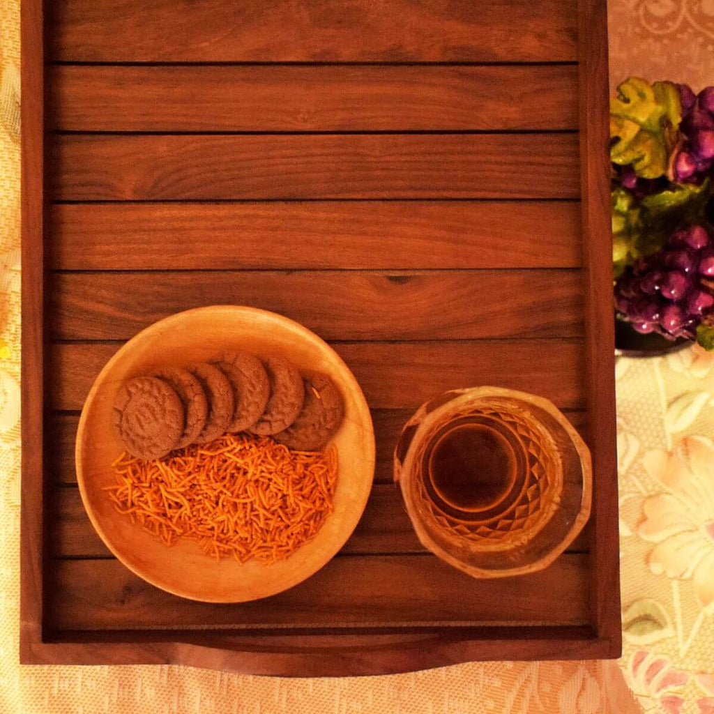 Handmade Wooden Tray Made Up of Sheesham Wood (15x12.5 Inch)