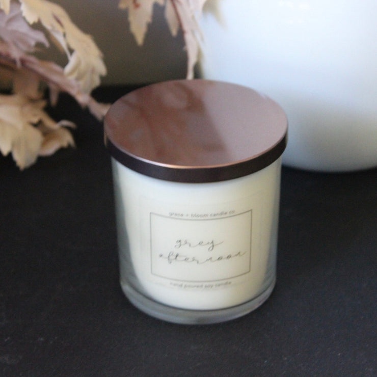grey afternoon candle: perfect for lazy weekends with a good book, scented with amber, warm woods, and tobacco for a purely cozy mood.