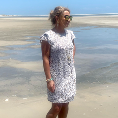 Shannon Harris, Owner Iridescent Oyster Designs
