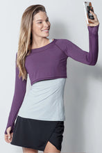 Load image into Gallery viewer, bloquv women's long sleeve crop performance sun protection running blackberry