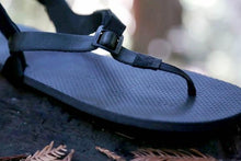 Load image into Gallery viewer, shamma sandals running charger ultra grip sandal