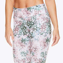 Load image into Gallery viewer, gaiam women's performance running leggings floral pattern back closeup