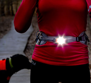 woman runner wearing litebelt 150