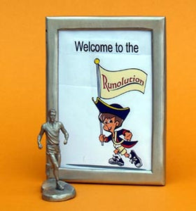 running picture frame gift with male figurine