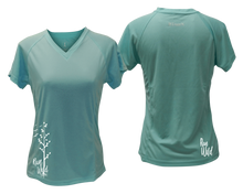 Load image into Gallery viewer, ruseen running Women's run wild reflective performance tee sea green