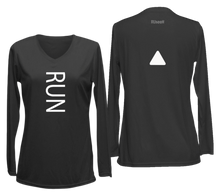 Load image into Gallery viewer, ruseen running women's reflective long sleeve performance tee black