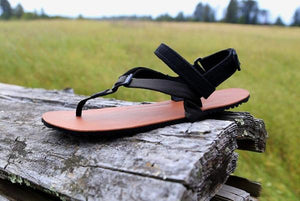 shamma sandals running trail sandal on driftwood