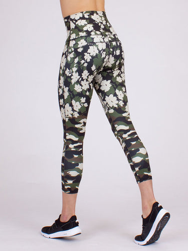 Anjali Elevation Camo Floral Capris Women's | Run Uncommon
