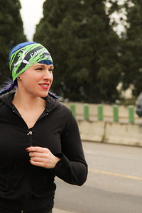 woman with running headband
