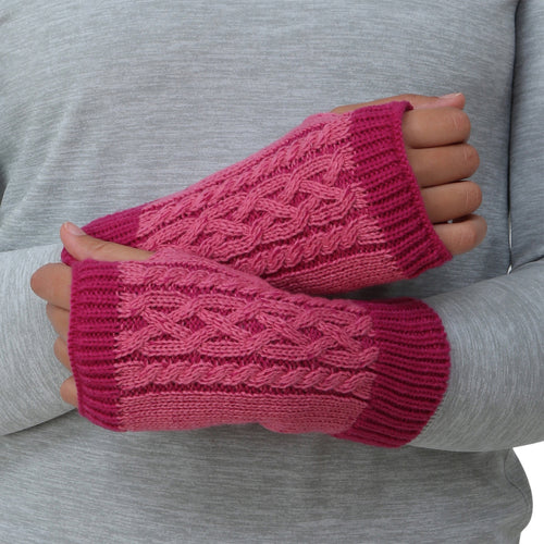 trailheads cable knit hand warmer pink closeup