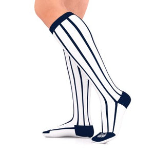 go2 running compression team sock black and white