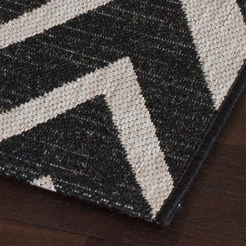 Kitchen Rug Black Grey Silver Chevron Zig Zag Pattern Hard Wearing Flat Weave Carpet Indor Outdoor Mat