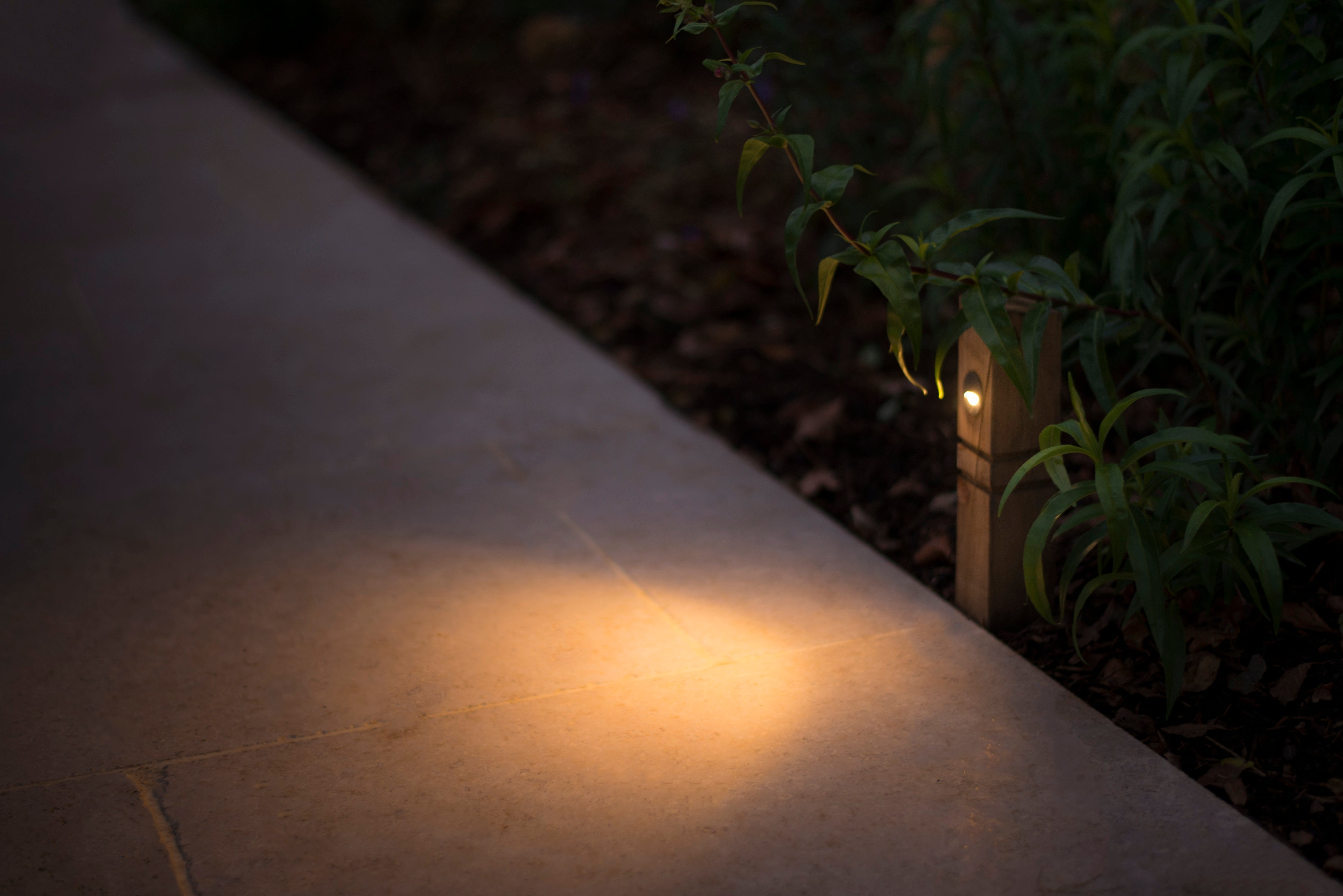 Rosara Oak Post Light - Rosara Outdoor Style