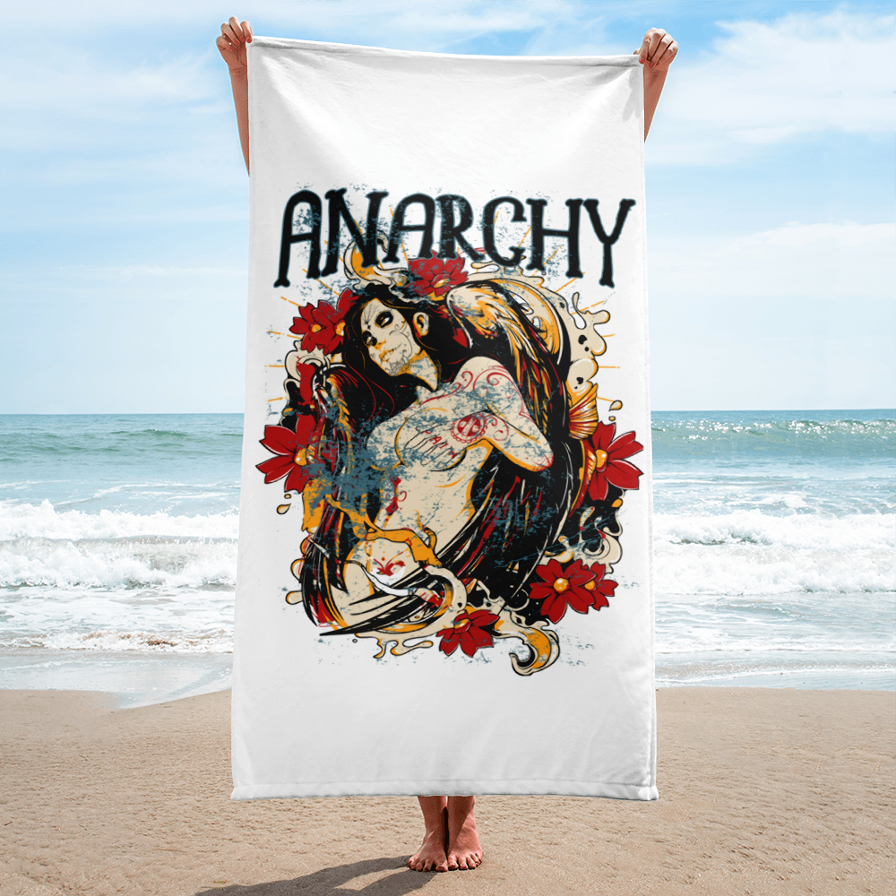 ANARCHY QUEEN - Beach Towel
