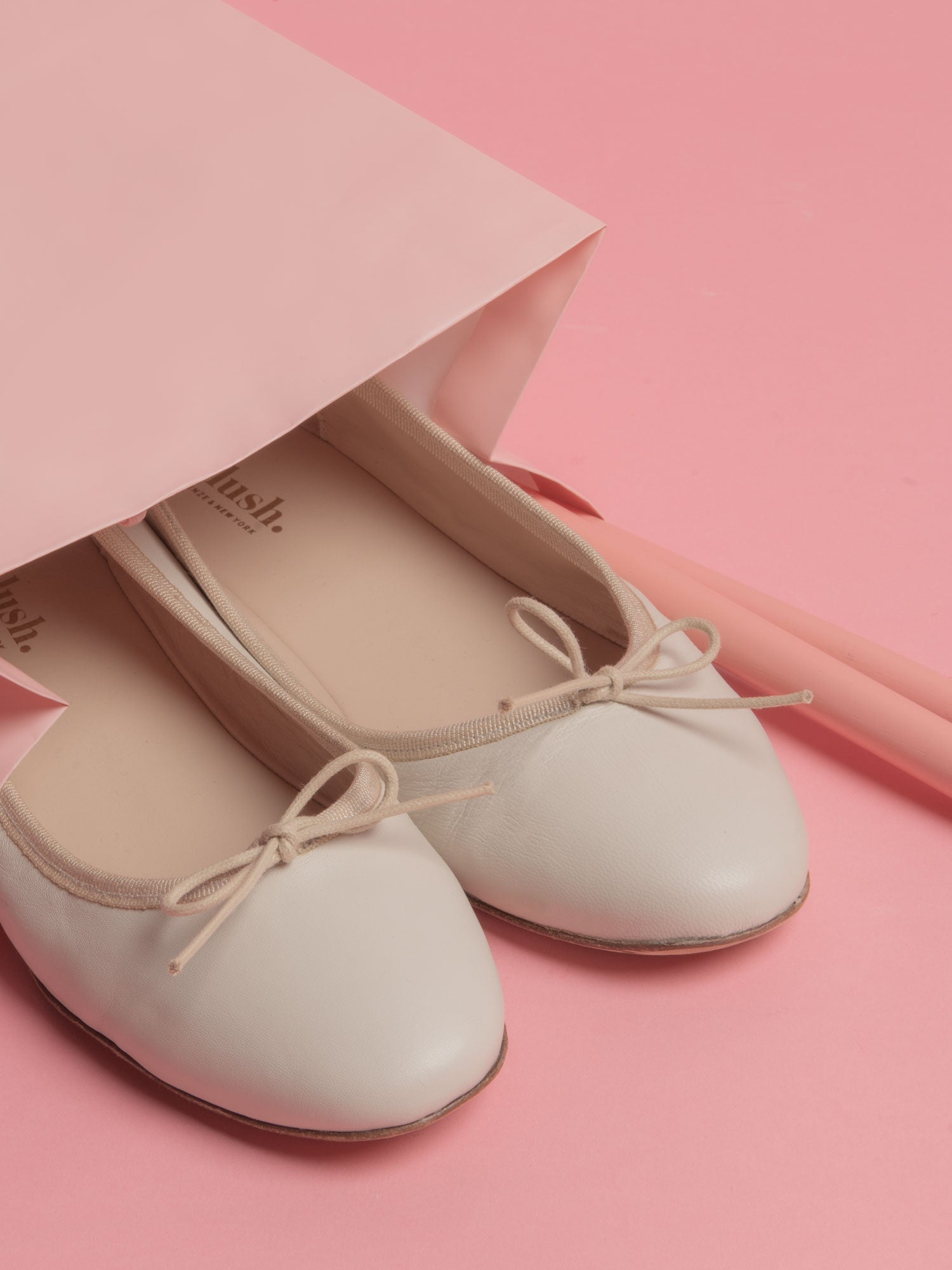 Minetta_BALLERINAS (CREAM)
