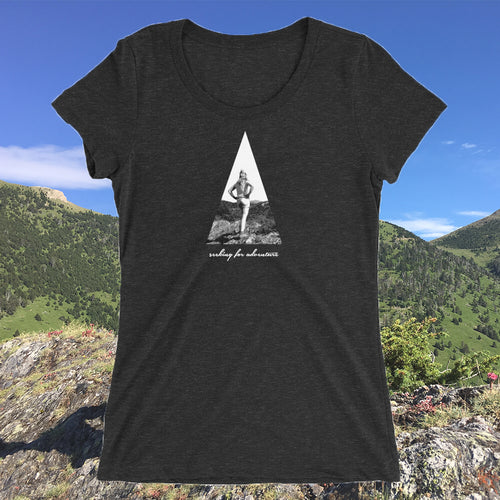 SEEKING FOR ADVENTURE T-SHIRT VROUWEN