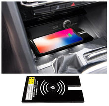 Load image into Gallery viewer, Volkswagen Atlas 2019 2018 2017 wireless phone charging tray