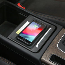 Load image into Gallery viewer, Wireless Phone Charger for Audi Q5/ SQ5 MKII 2016-2020