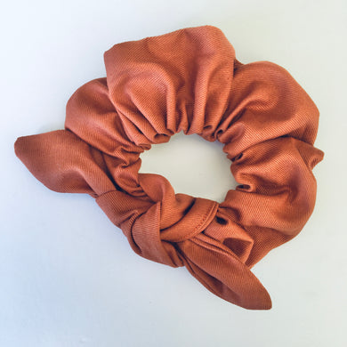 Bowed Scrunchie - Rich Red Soil