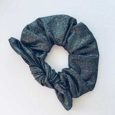 Bowed Scrunchie - Manhattan