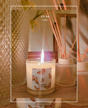 Load image into Gallery viewer, papillon candle collection mykin beauty