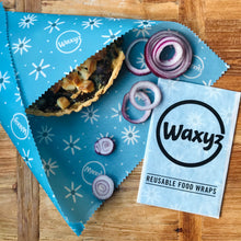 Load image into Gallery viewer, Daisy blue reusable vegan friendly food wax wrap by Waxyz